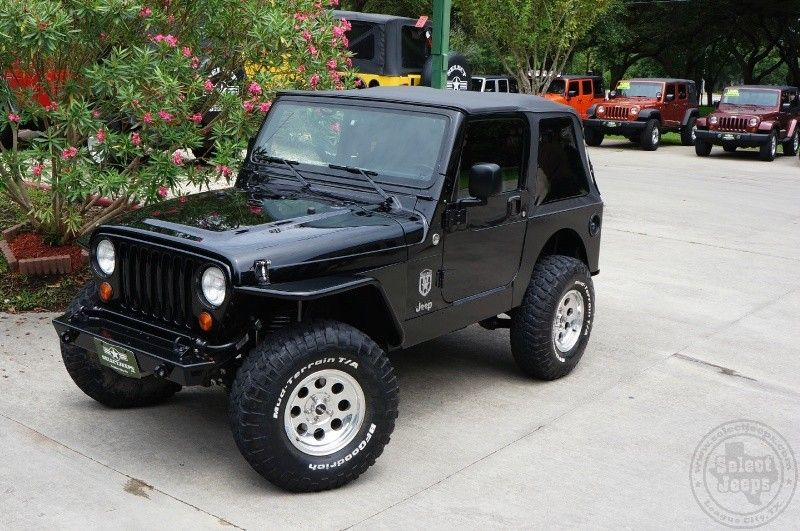 Last Year Of The Tj 2006 Black Jeep Wrangler X 93k Miles 6 Speed Wrapped In Body Armor Warn Bumpers And Tire Carrier 4 Jeep Wrangler Jeep Bumpers Jeep