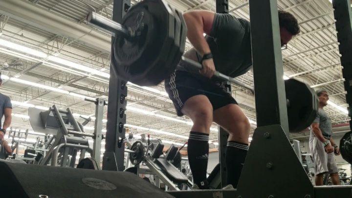 365x3x5 Pendlay Row 250x3x8 Meadows Row  Rowsssssss  #powerlifting #bodybuilding #crossfit...