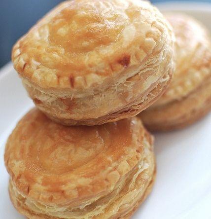Bánh Patê Sô - Pâté Chaud (Vietnamese Meat Pies)