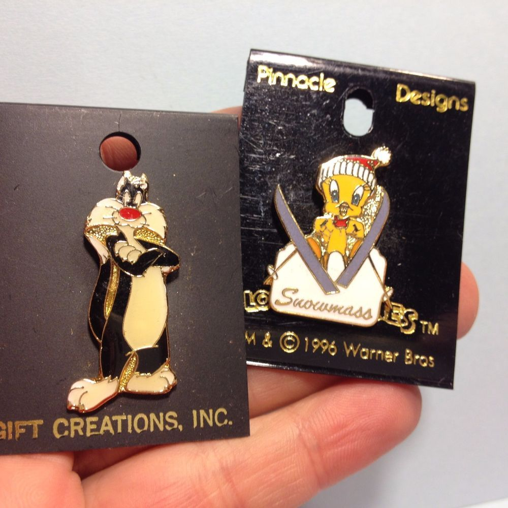 Looney Tunes Warner Brothers Cat Pin