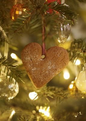 Old Fashioned Christmas Tree Decorating Ideas