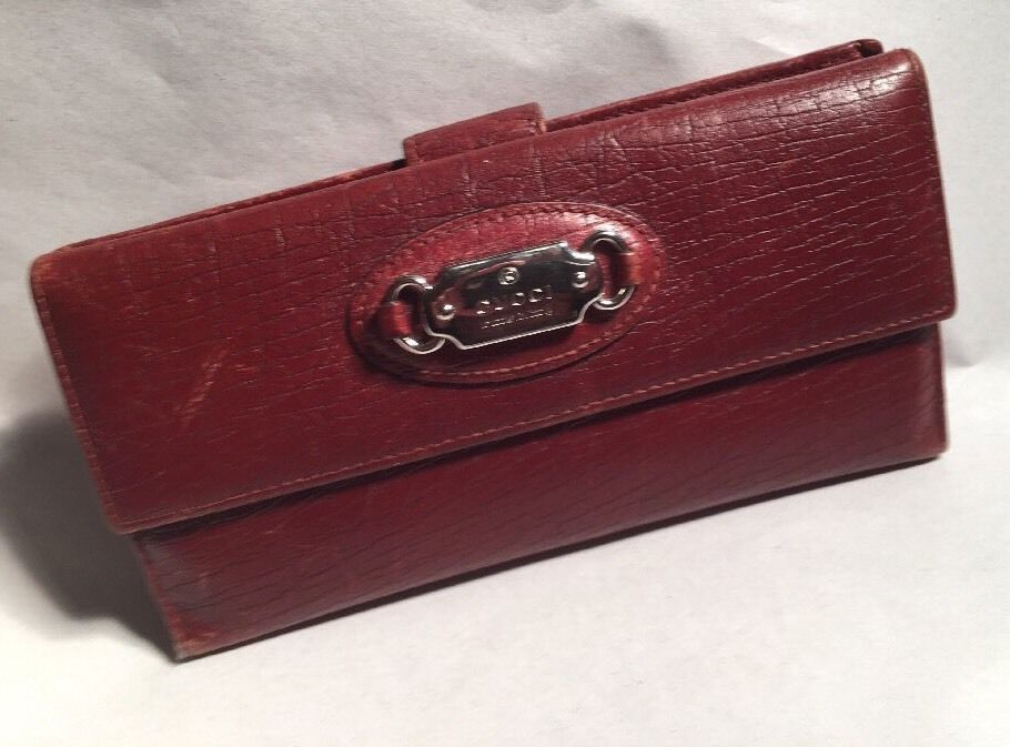pre-loved vintage authentic GUCCI brown Flap & Strap CLUTCH WALLET w/silver tag #Gucci #walletclutch