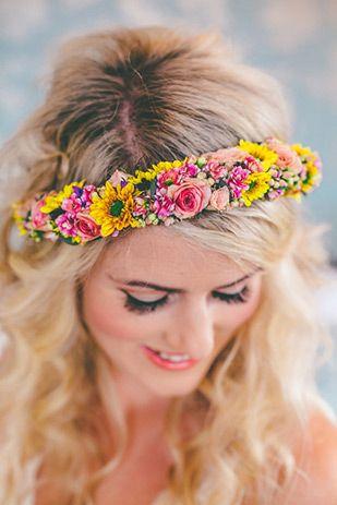 Pretty floral hair garland | www.onefabday.com