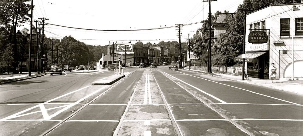 Madison Road 1946…if you follow the bend to the right, you'll pass thru O'Bryonville and enter Walnut Hills; if you go down the hill to the left it'll lead you to Columbia Parkway & the river. (photo courtesy of UC Digital Library)