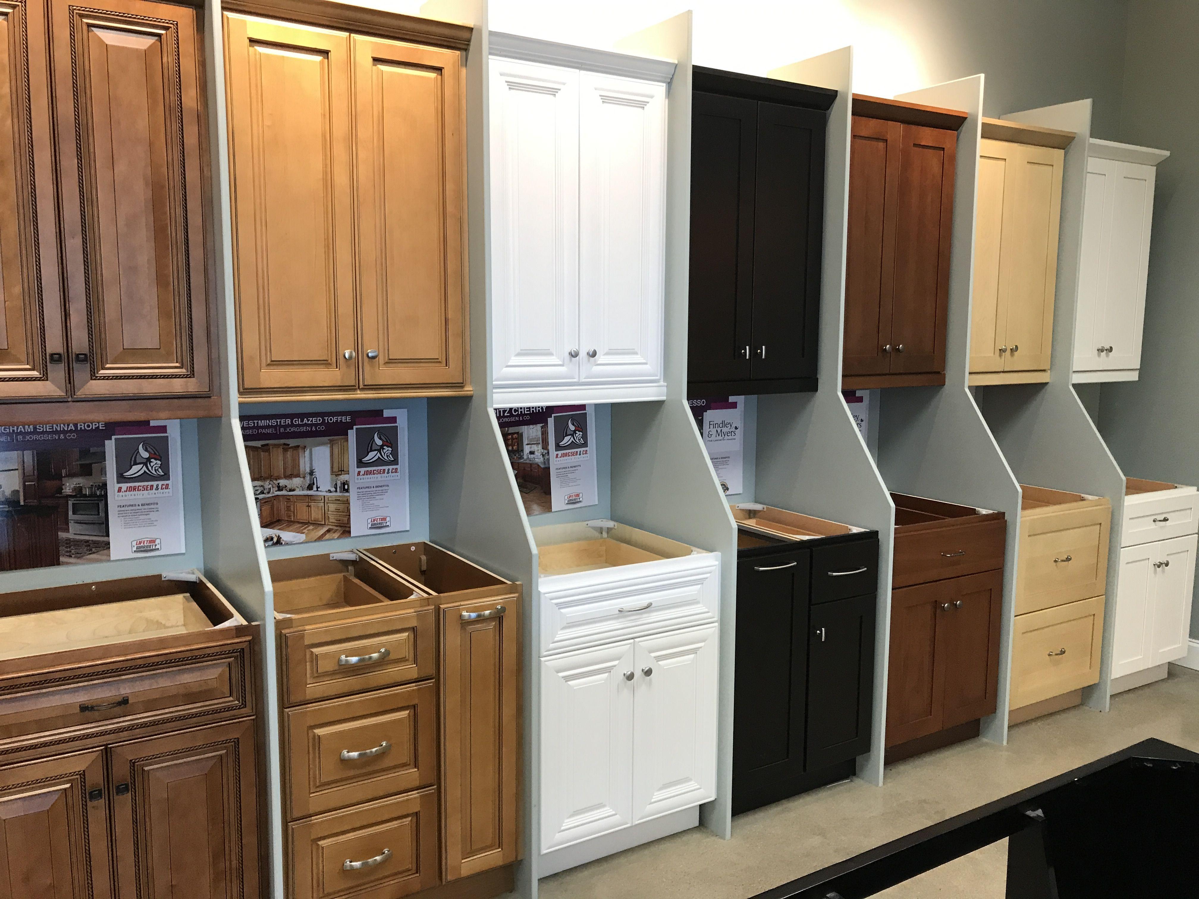 Premium Bathroom And Kitchen Cabinets In Plano Tx Quality Kitchen Cabinets Kitchen Cabinets Cabinets To Go