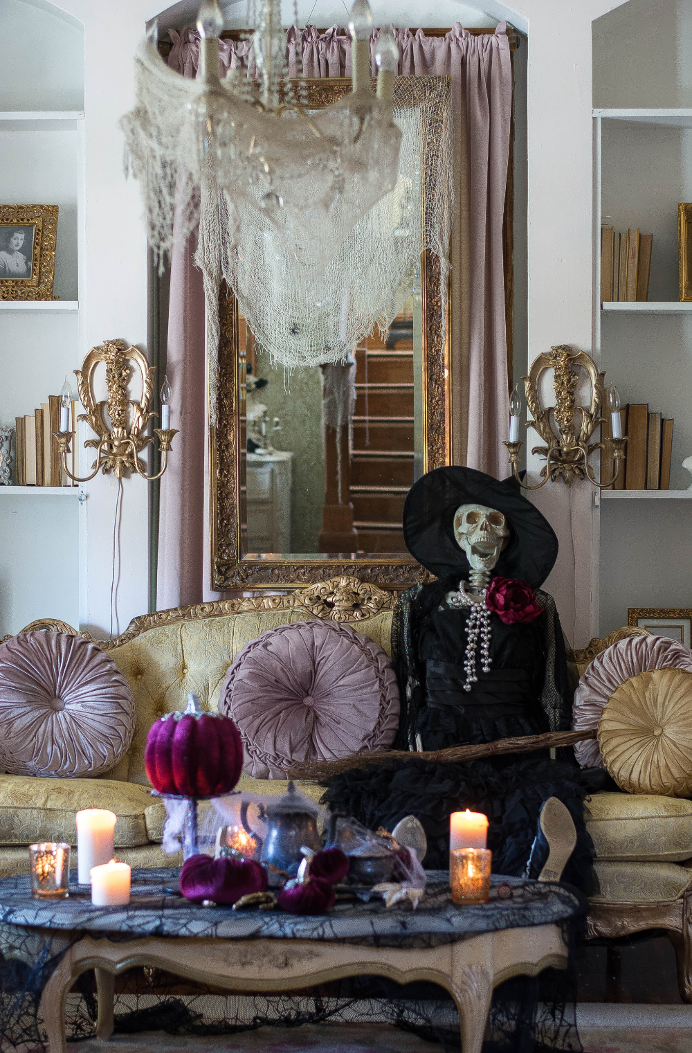 Historic Welch House Halloween Home Tour 2018 in 2020
