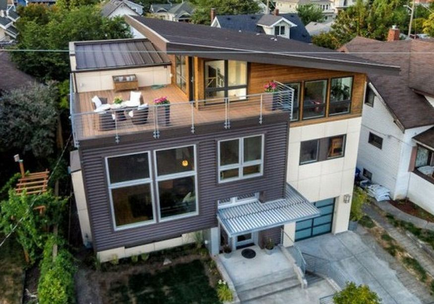 Contemporary Split Level House With Views Of Downtown Seattle And