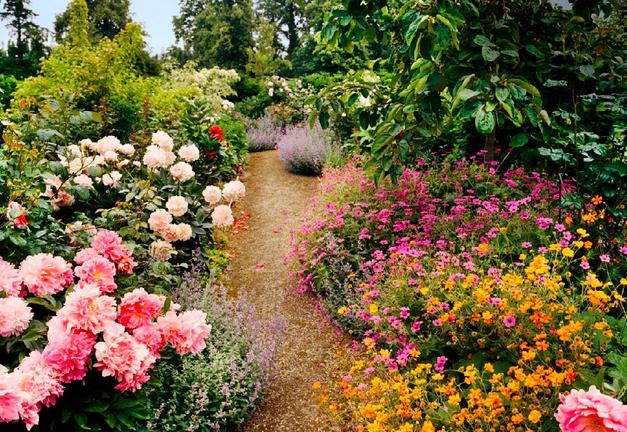 Dries Van Noten's garden at Ringenhof
