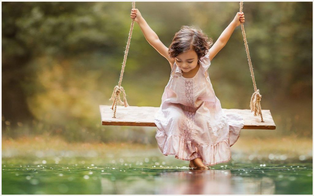 swing baby girl happiness wallpaper swing baby girl happiness