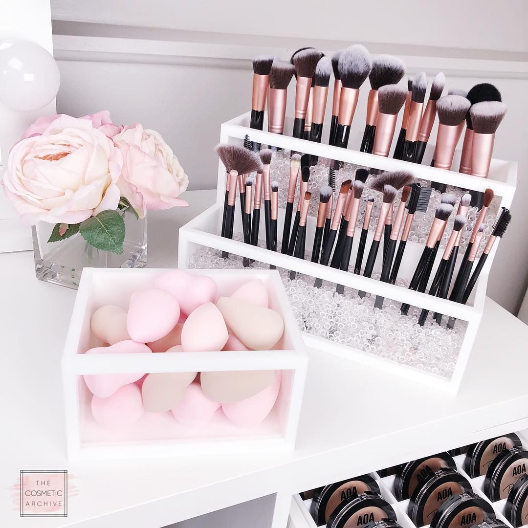 Premium Acrylic Makeup Organizers Collection Perfection By The Cosmetic Archive Makeup Brush Organization Acrylic Organizer Makeup Makeup Organization