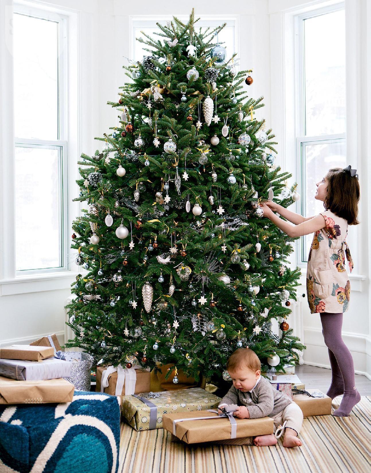 Noël classique et contemporain à Montréal | PLANETE DECO a homes world