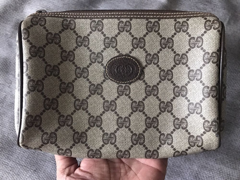 254e6884f00e Authentic Vintage GUCCI PARFUMS Clutch Bag Handbag Purse Cosmetic Travel  Leather #fashion #clothing #