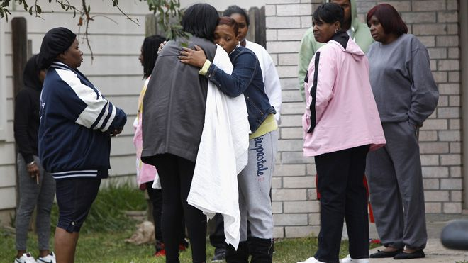 """http://www.pinterest.com/pin/7248049373993021/ 2 high school students killed in shooting at Houston party - """"E.T. says: (Here we go earthlings! State & Home of Ted Cruz, the Tea Party, and where Alex Jones holds a rally at the Alamo, wearing a suit and sunglasses with a .50 Caliber assault rifle weapon on his hip while laughing his ass off like a damn fool for media attention. Isn't that a daisy? =(::: )"""""""