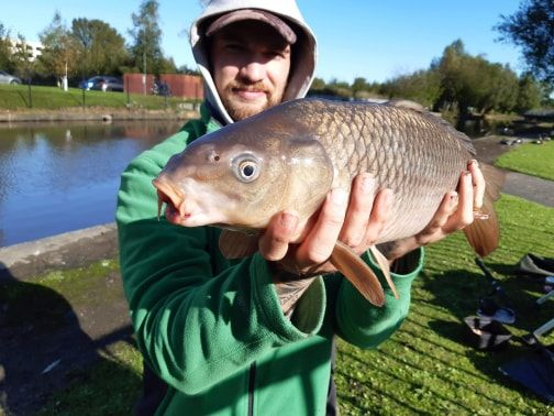 Jason with one of his many catches on St.Helens canal. 👀 Bait was tiger nut red amino and krill pellet. 😁