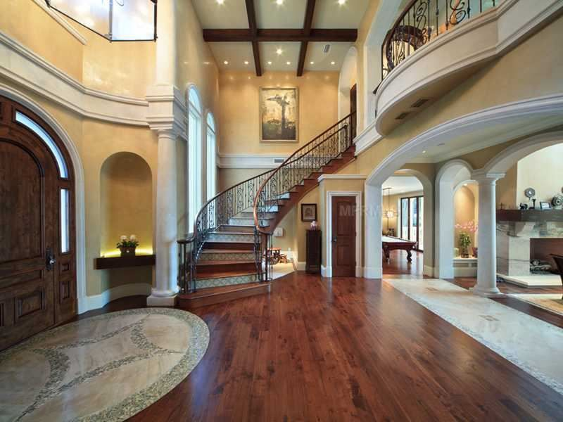 Mediterranean Grand Foyer : Mediterranean colors and finishes make this grand foyer