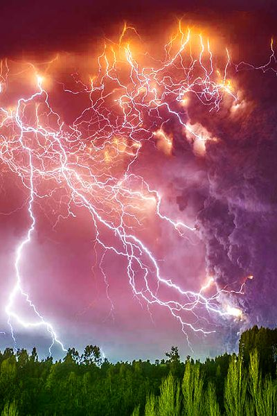 In Chile, A Lightning Storm Breaks Out Above An Erupting