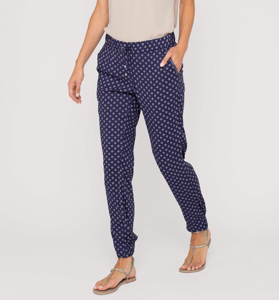 Lekkie Spodnie Z Dzialu Kobiety Kolor Ciemnoniebieski Niskie Ceny W Sklepie C A On Line Fashion Pajama Pants Pants