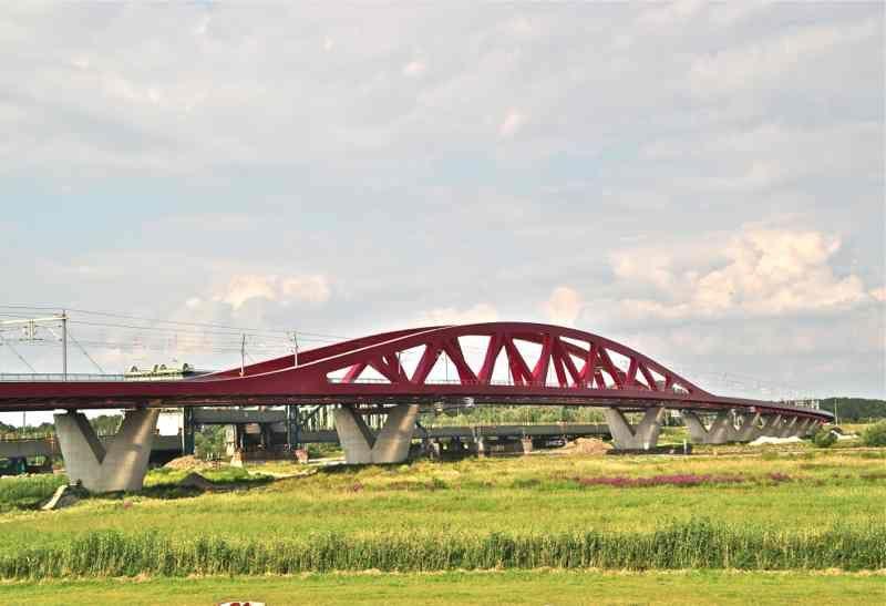 http://zomermakelaars.com  Zomer Makelaars - Makelaar Zwolle The bridge