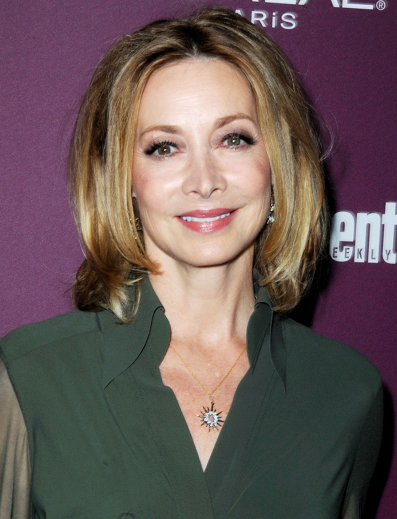 pin by maty cise on sharon lawrence | sharon lawrence, female