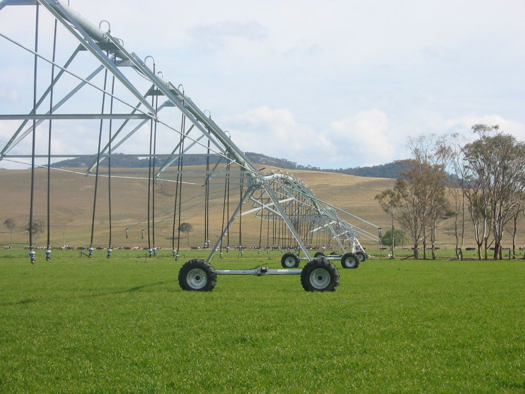 Zimmatic Centre Pivot constructed by TEAM Irrigation.