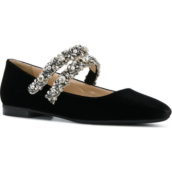 Ballet shoe liked on Polyvore featuring shoes, flats