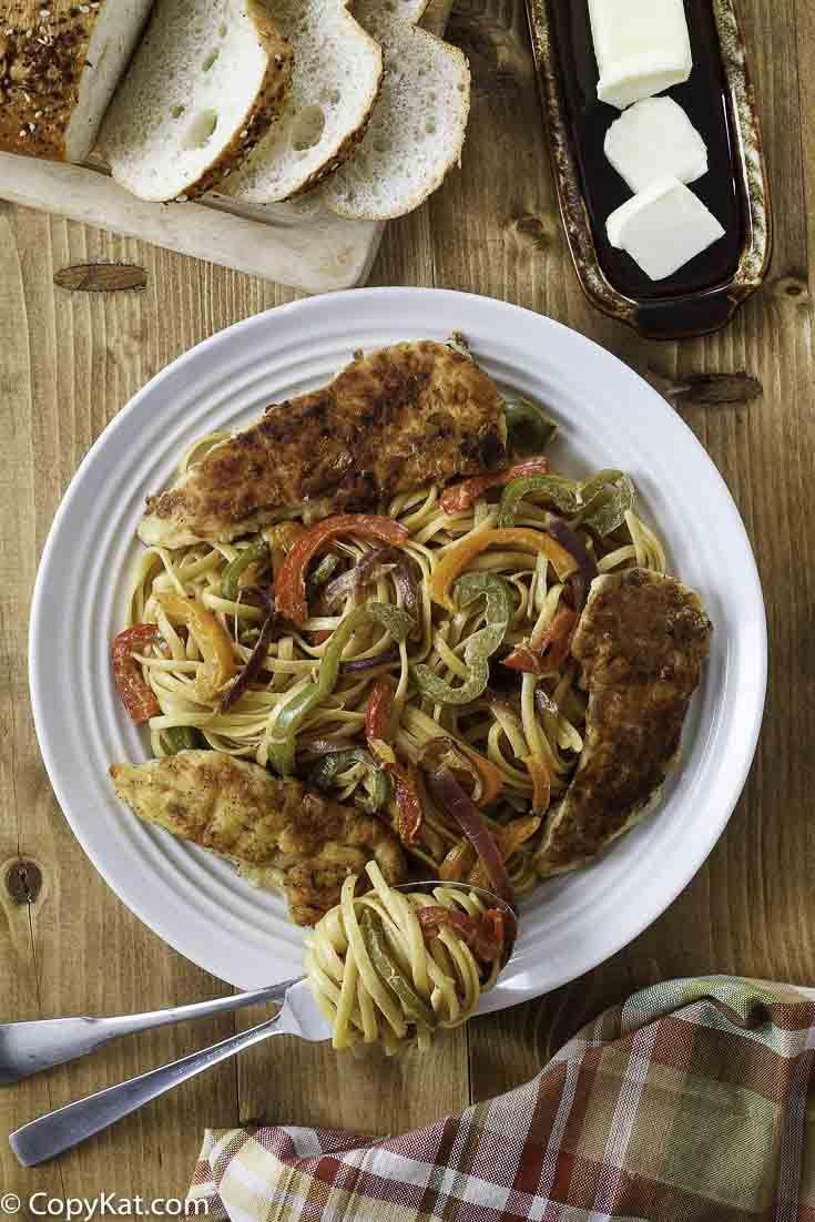 Olive Garden Chicken Scampi | Recipe | Chicken scampi, Olive gardens ...