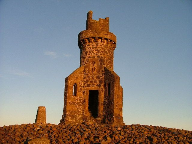 The Tower of Johnston - geograph.org.uk - 67124.jpg