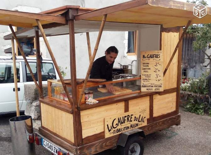 Stand roulotte commerce ambulant habillage bois camion for Magasins de robe de mariage portland oregon