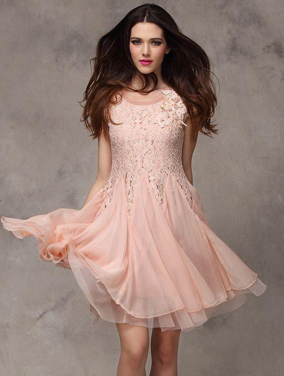 kleid aus chiffon mit spitze rosa glockenkleid mode ines pinterest chiffon rosa und spitze. Black Bedroom Furniture Sets. Home Design Ideas