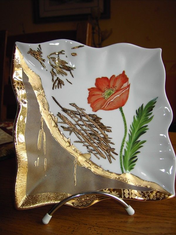 Fibre De Verre Sur Porcelaine Photo De Modele Plus Moderne Le Petit Monde De Nanou Vases Peints Peinture Sur Porcelaine Peinture Sur Ceramique