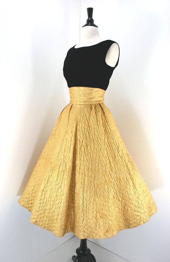 1950s Dress Set Vintage Gold Lame Full Skirt High Waist Quilted Junior Miss Label Black Velvet Top Dresses 2piece