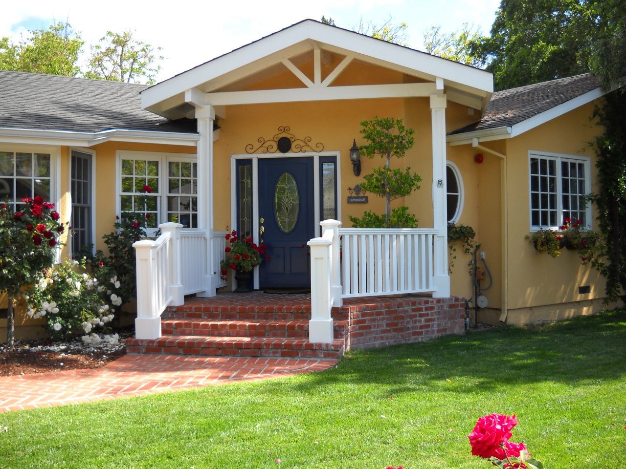 Exterior ranch house color schemes - Nice Ranch House Colors With Also Yellow House Wall Color Exterior Pain Colors For Your Housejpg