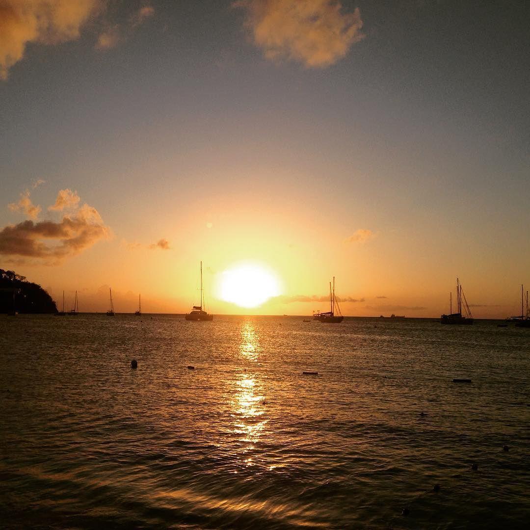 """Repost from Instagram ! #WeLike ! #Madinina by @villaveo """"Coucher de soleil depuis la plage de l'Anse Mitan en Martinique bonne semaine à tous ! #Martinique #caribbeanlife #beach #beautifulview #sunset #picoftheday #jmlamartinique #ig_martinique #ig_landscape #ig_caribbean #sunsetlovers #landscapecapture #sky"""" http://ift.tt/25uvNL4"""