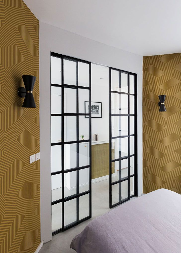 раздвижные двери в спальню фото этот монолит явно
