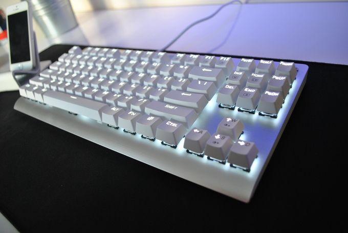 My minimalist ultrawide setup Gaming setup, Keyboard