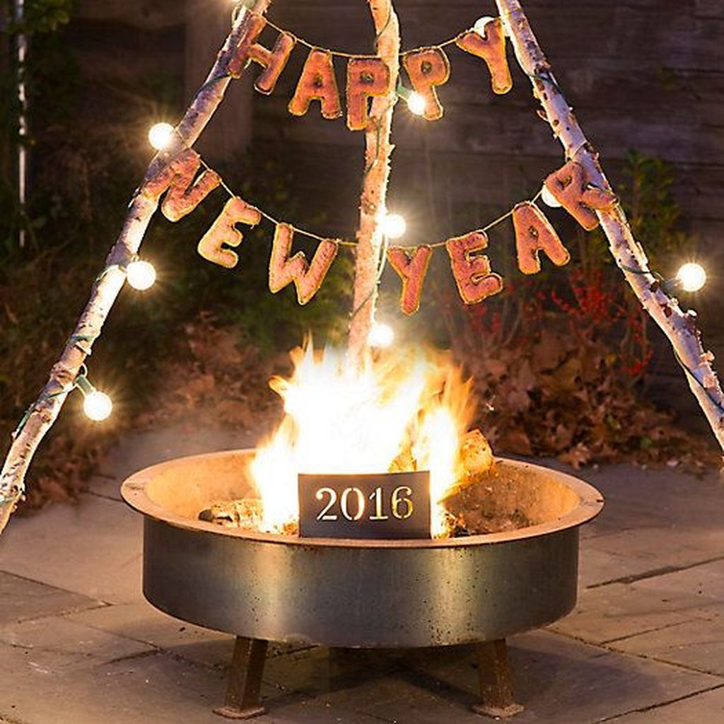 30+ Outdoor New Years Eve Party Decor Ideas