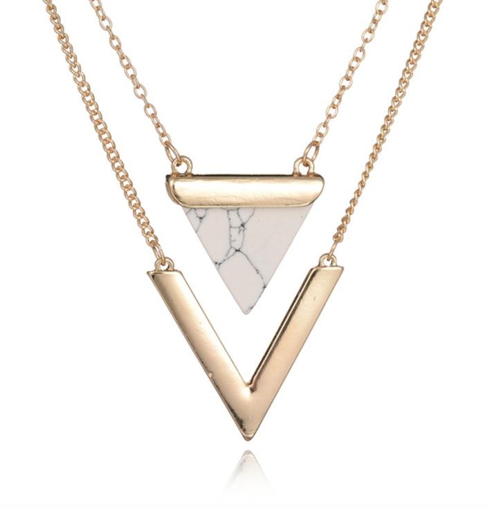75e013d799f Product Information - Product Type: Necklace - Length: Adjustable 44cm -  57cm - Pendant Size: 3.3cm COMPLETE THE LOOK