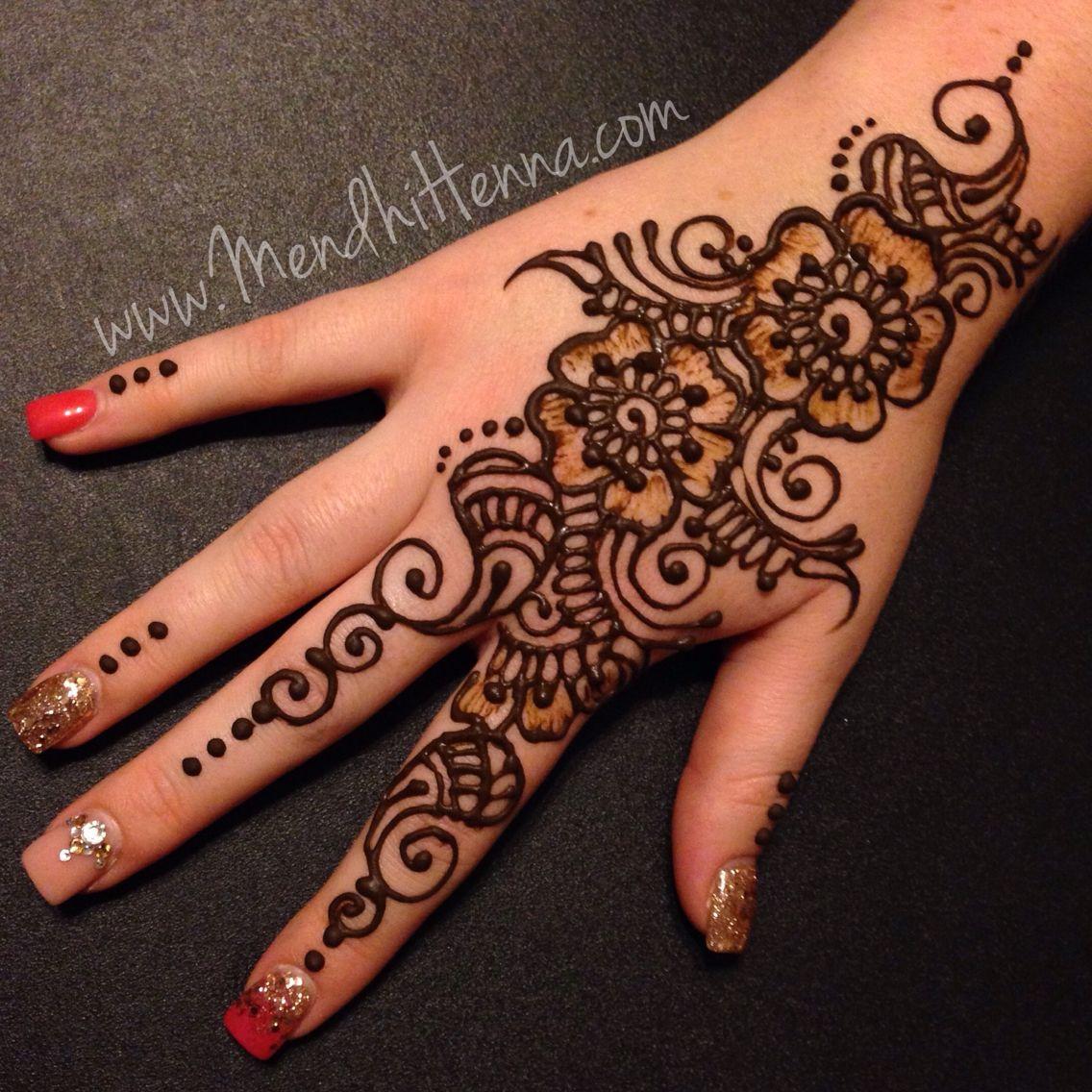Pin de Crystal Hendrix en Henna designs | Pinterest | Traje
