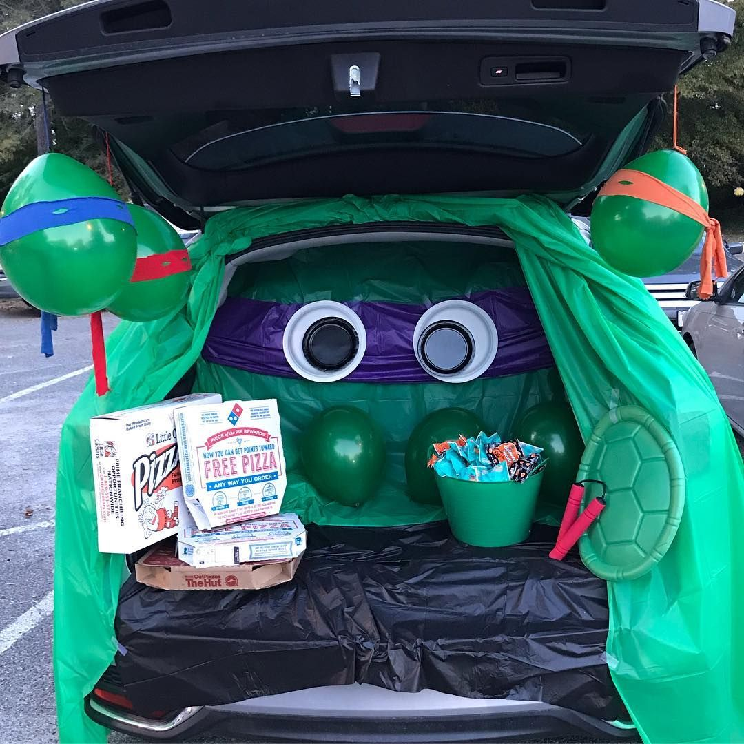 45+ Clever Trunk Or Treat Ideas To Copy This Halloween
