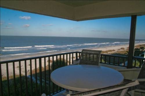 Casablanca 402 Apartment Indian Rocks Beach Florida Offering An Outdoor Pool Is Situated In Clearwater