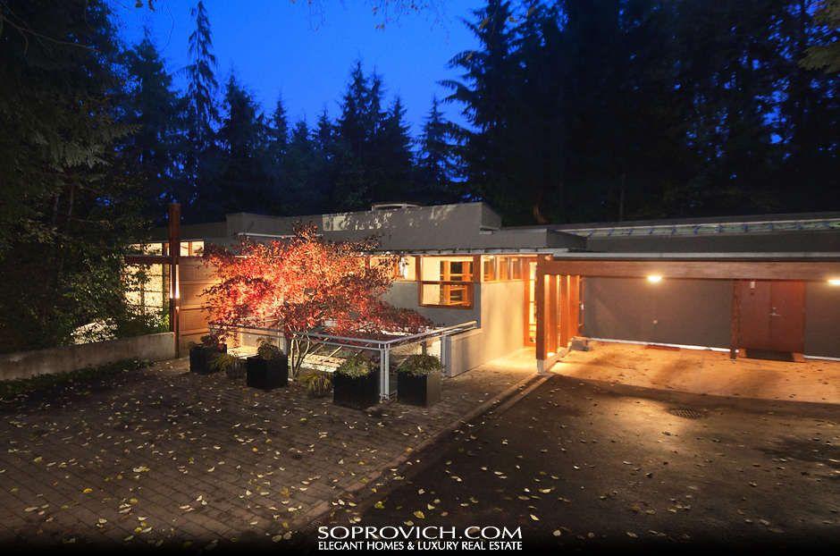 Twilight New Moon House Cullen S Residence Twilight House Famous Houses Glass House Design