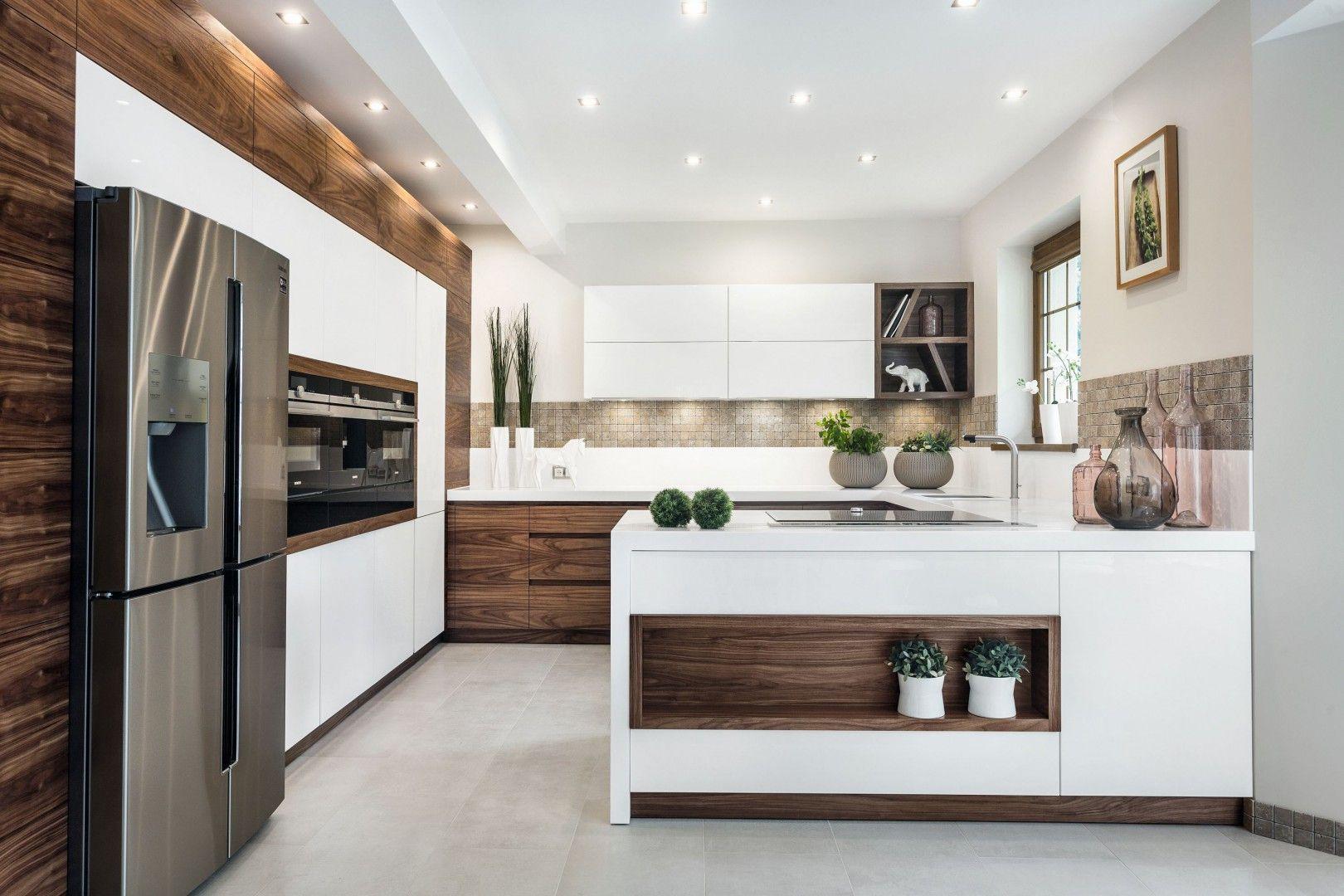 Kuchnia Z Drewnem 20 Pieknych Zdjec Modern Kitchen Design European Kitchen Design Kitchen Inspiration Design