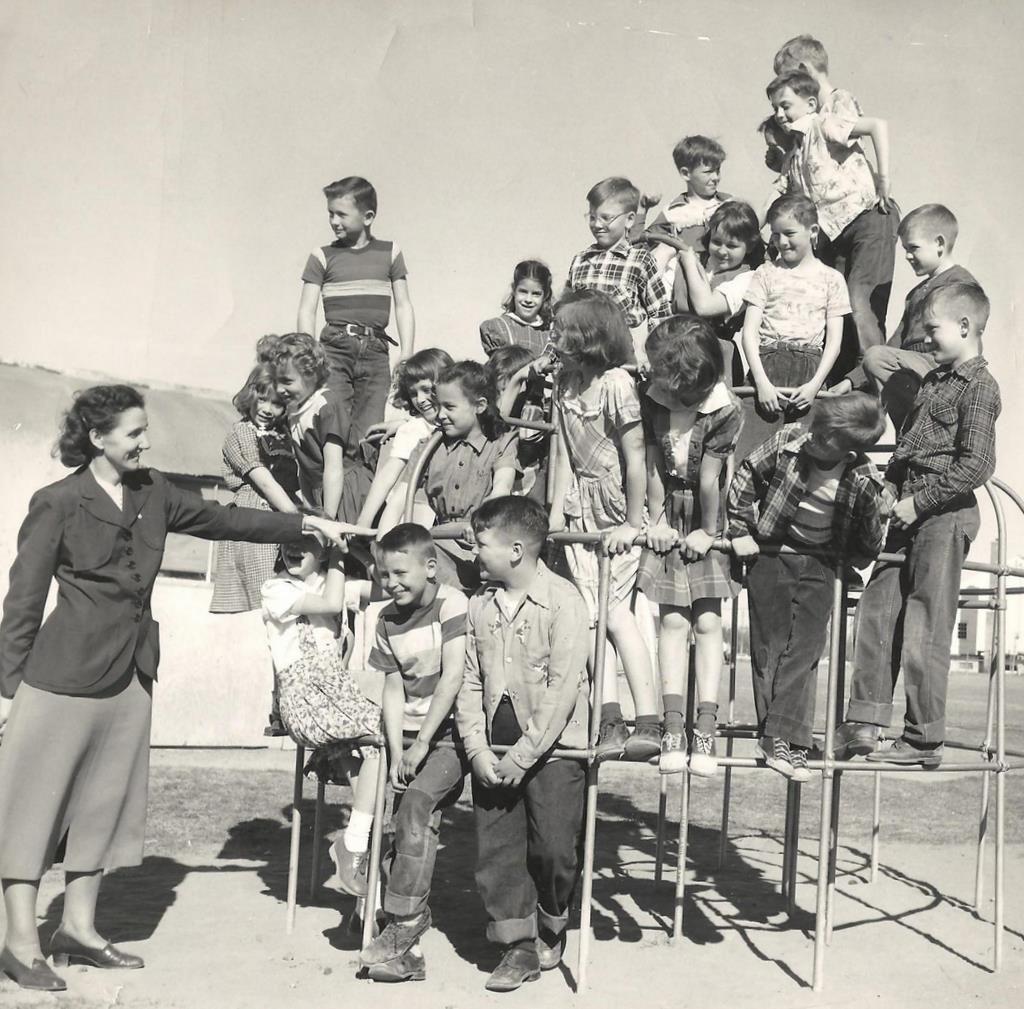 Grade School Class 1952 Richland Washington Vintage