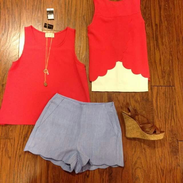 New scallop bottom top! Coral color is in this spring! 318-798-3838