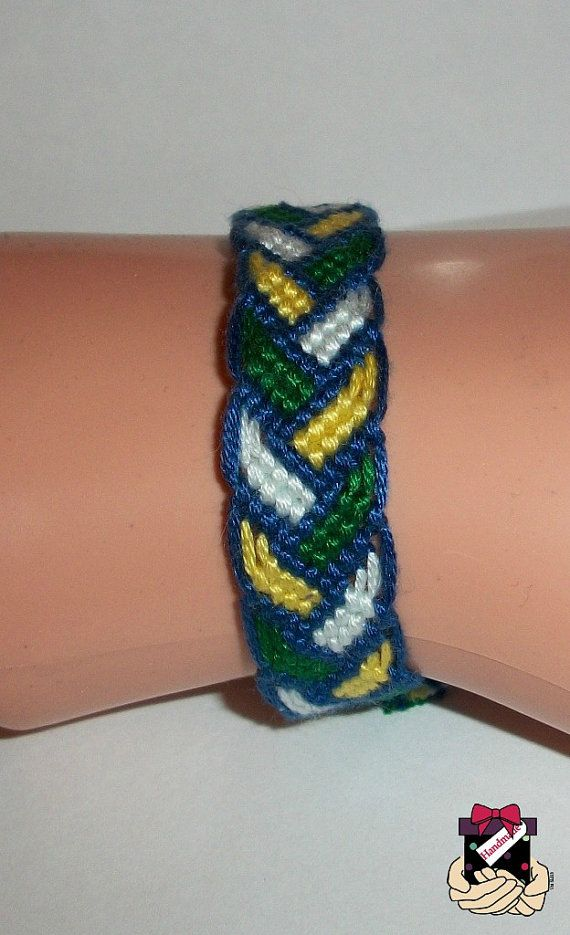 Blue Green White Yellow Bordered Braid Pattern Macrame - Diy braid pattern