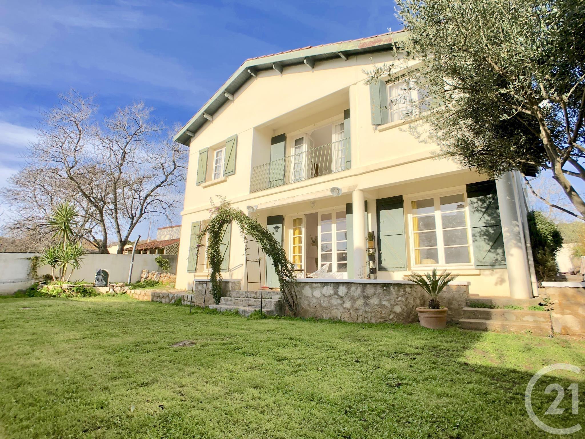 Maison 6 Pièces à Vendre Sete 34200 Ref 12337 Century 21 Maison De Vacances Maison Style Maison