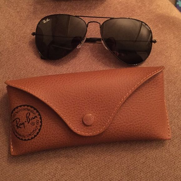 NIB authentic Ray Ban Aviators Never worn in box black aviators. Authentic. Classic style Ray-Ban Accessories Sunglasses