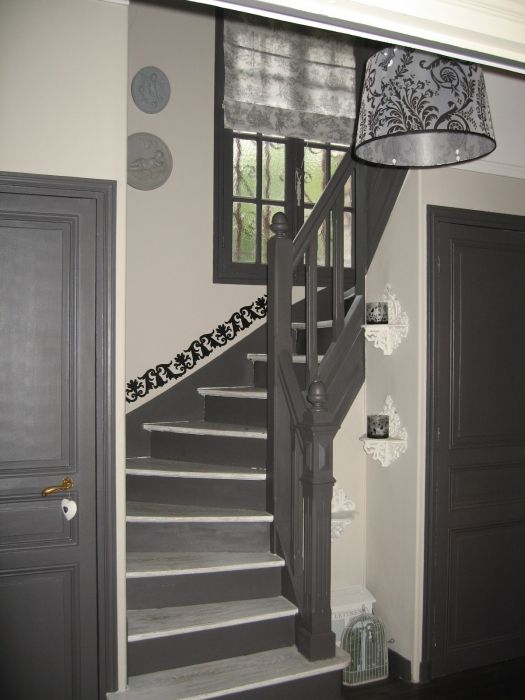 D coration entr e escalier maison pinterest deco for Idee deco entree couloir palier