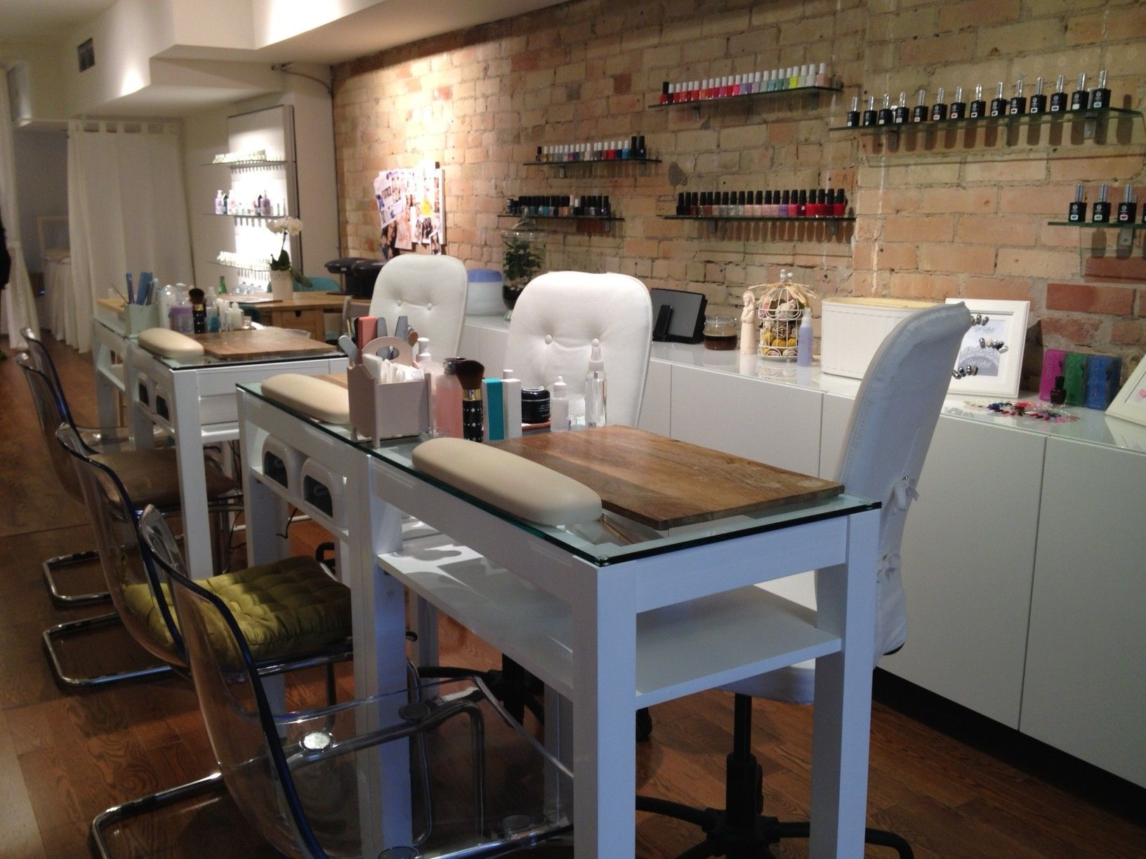 stephanie fusco get gelled yonge wellesley nail bar interior salon pinterest bar search and modern nails - Salon Modern Evintage