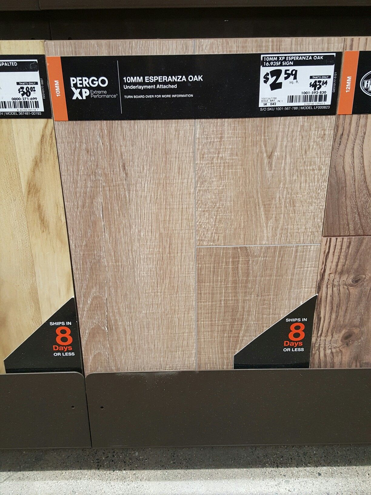 2 59 Pergo Xp Esperanza Oak Home Depot Pergo Home Depot Home Furniture